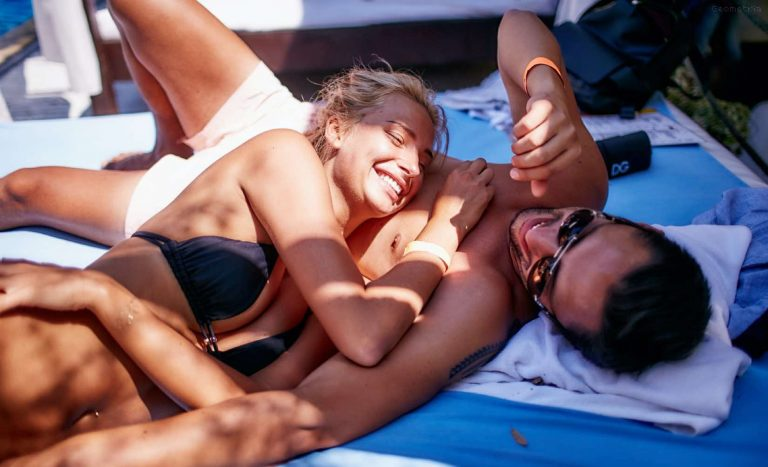 Dating online and Looking for Love; Save money and a broken heart
