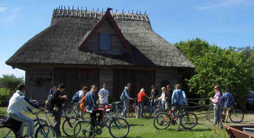 bicycle trips in estonia