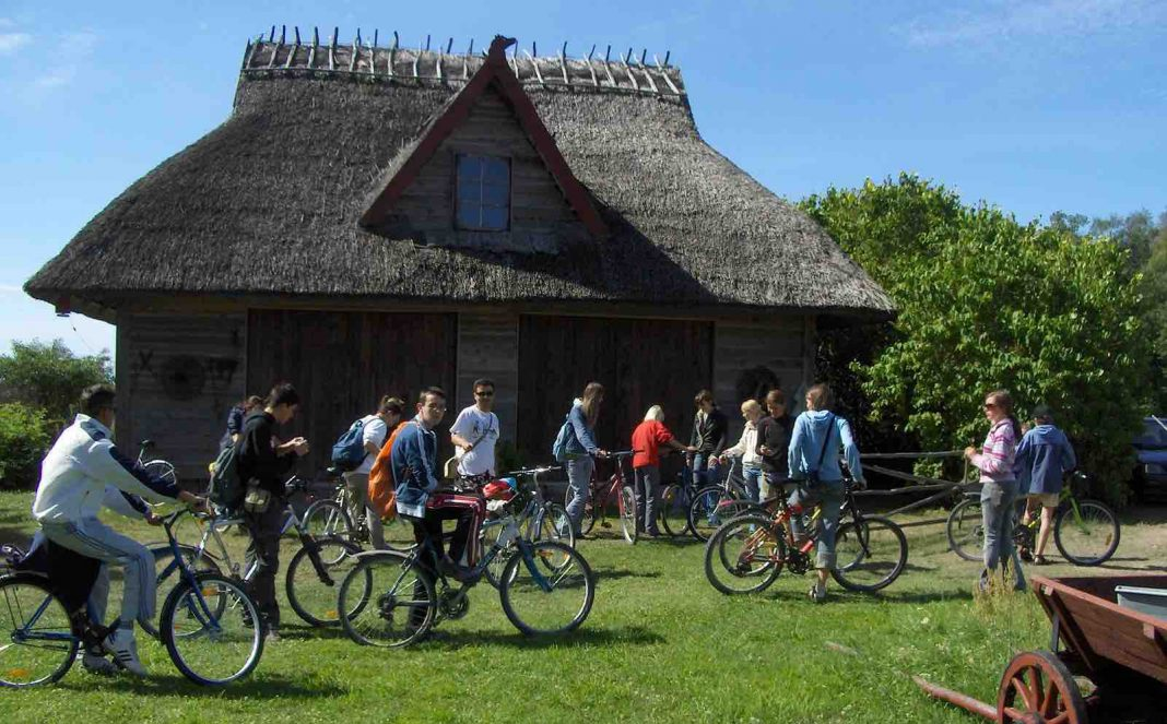 bicycle trips in estonia