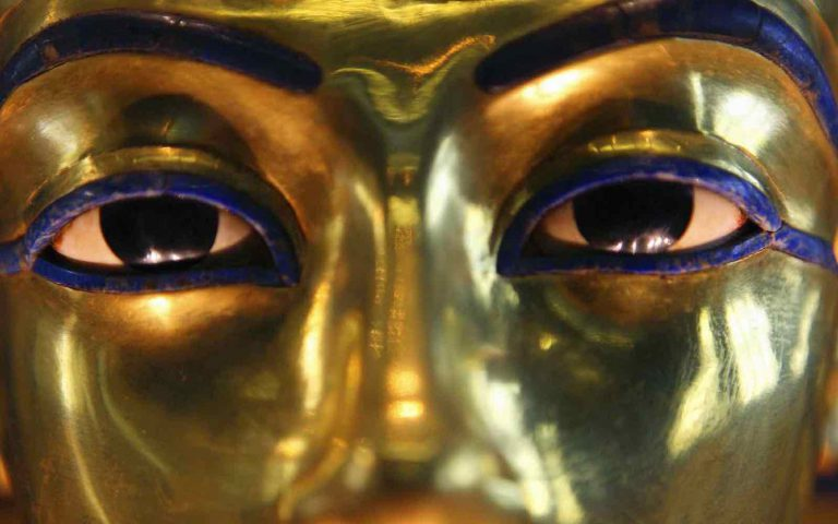 Still popular in Luxor: Eye to eye with King Tut!