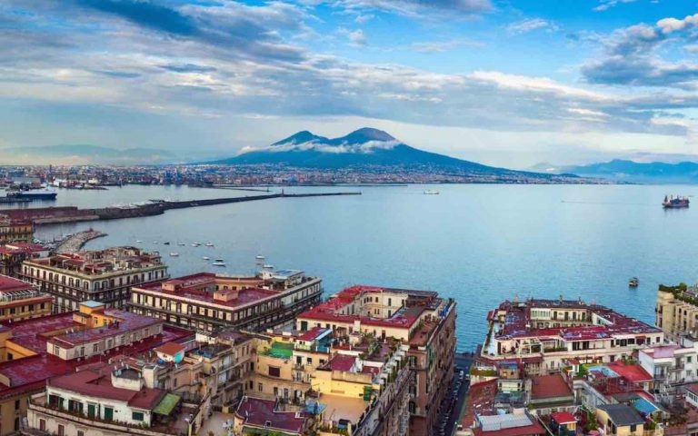 Naples My City – That's real amore in the South!