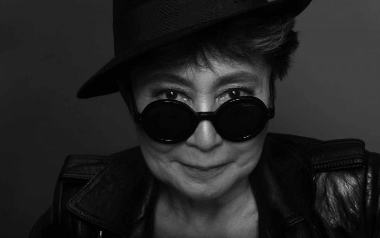 Yoko Ono to Manchester with a message of peace