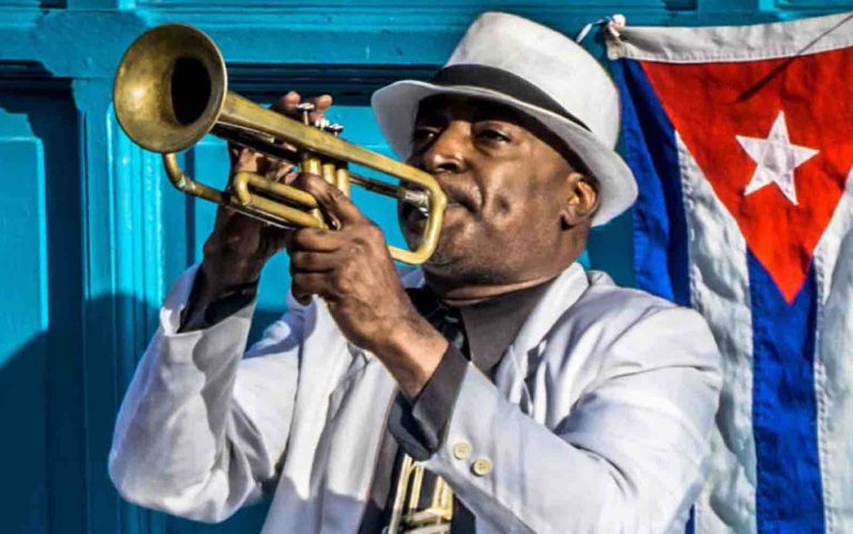 Festivals in Havana with jazz and sultry dance