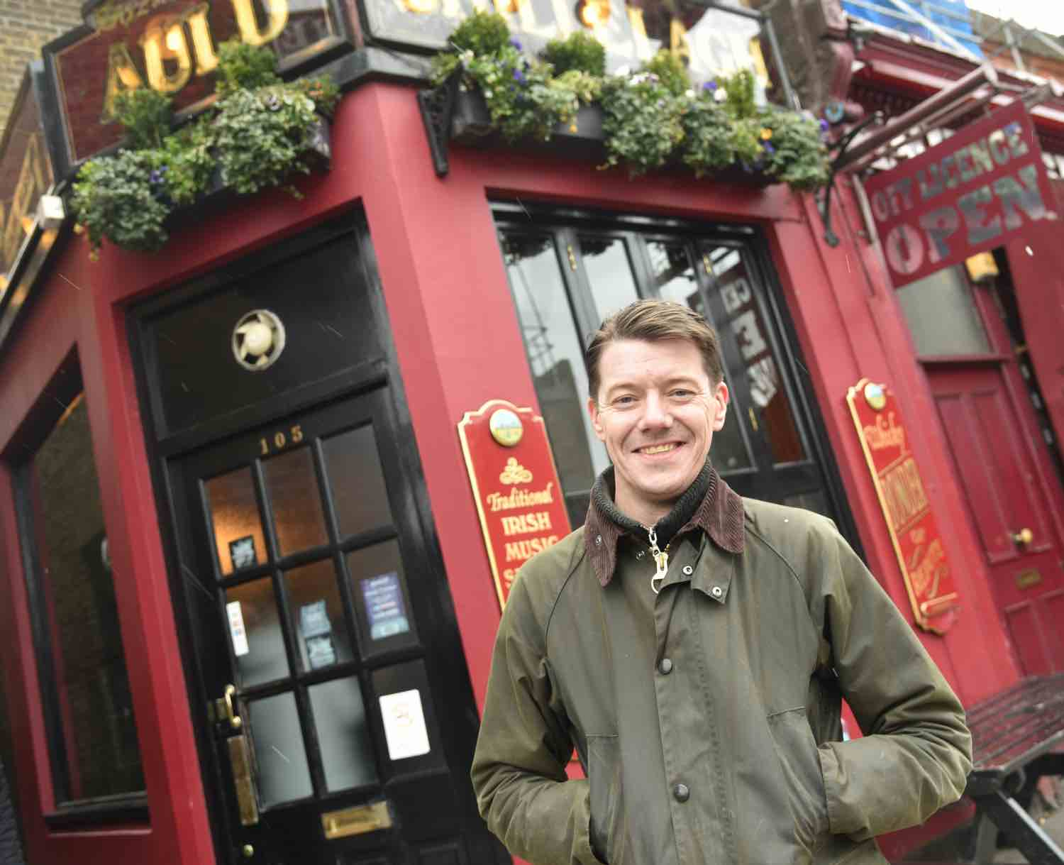 Pub Crawl to host Tom at Auld Shillelagh