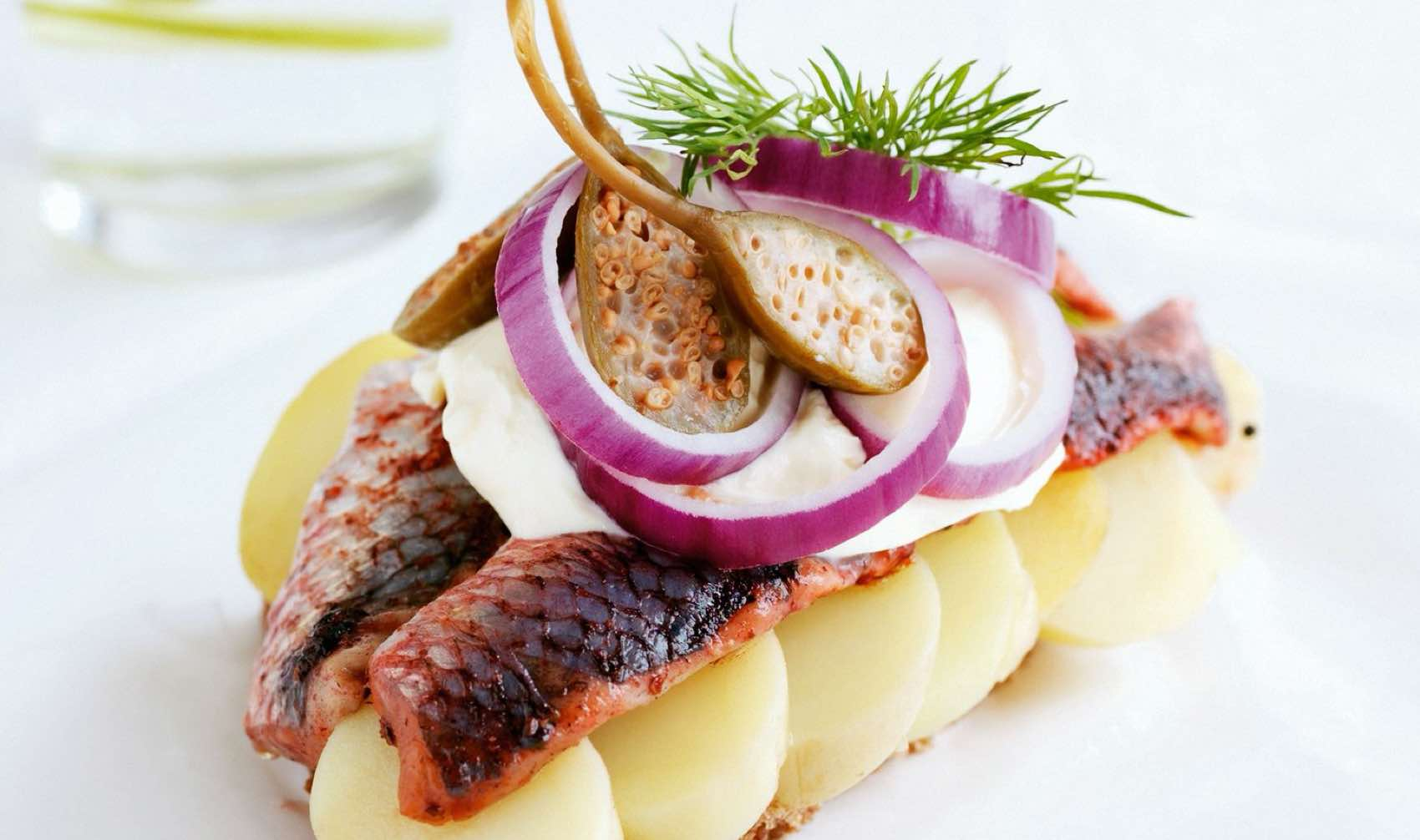 Smørrebrød with fish and potatoes