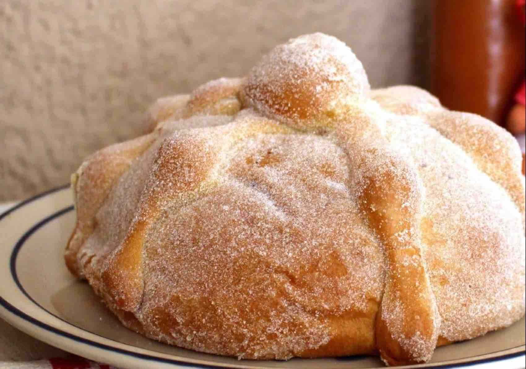 Bread for the Dead: Sweet bread baked in Mexico and served at Día de Muertos