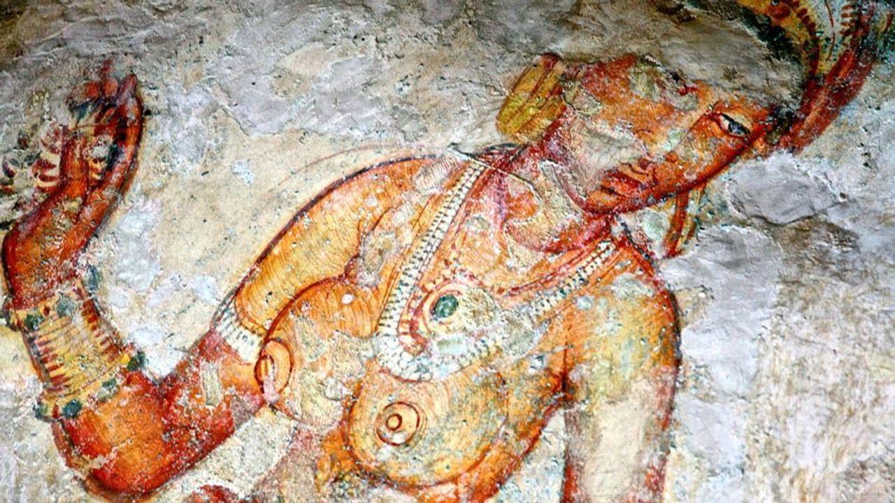 Great journey to explore The frescos of Sigiriya, Sri Lanka