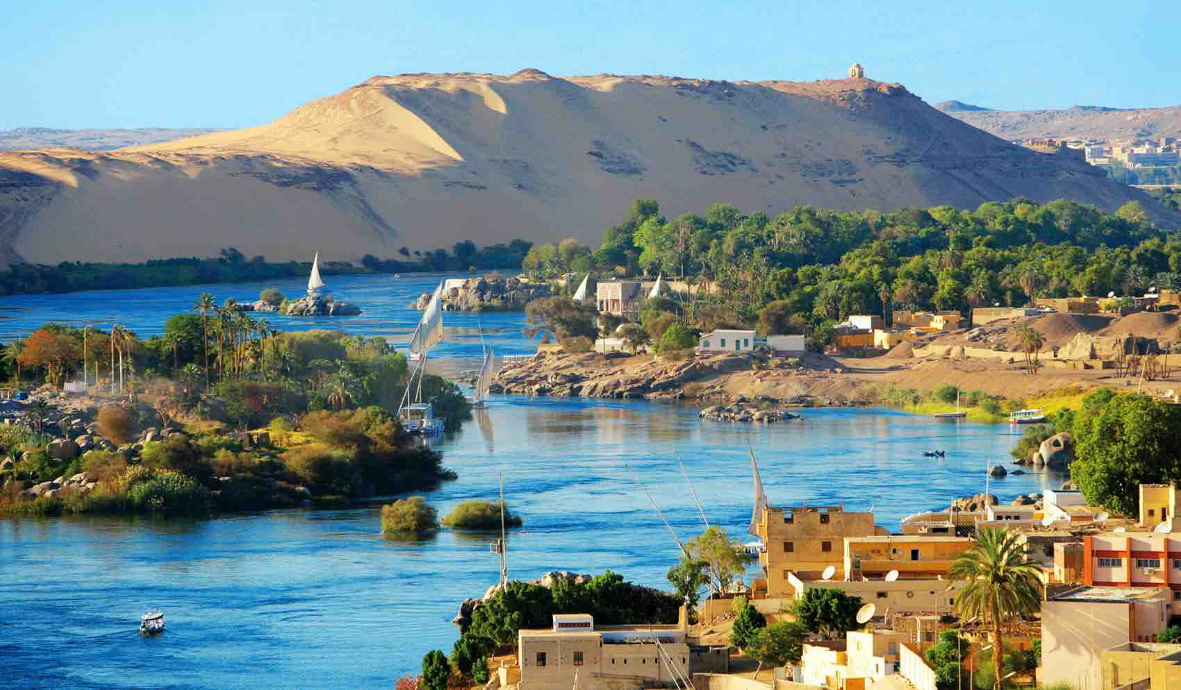 Aswan is a market and tourist centre just north of the Aswan Dam on the river Nile, Egypt.