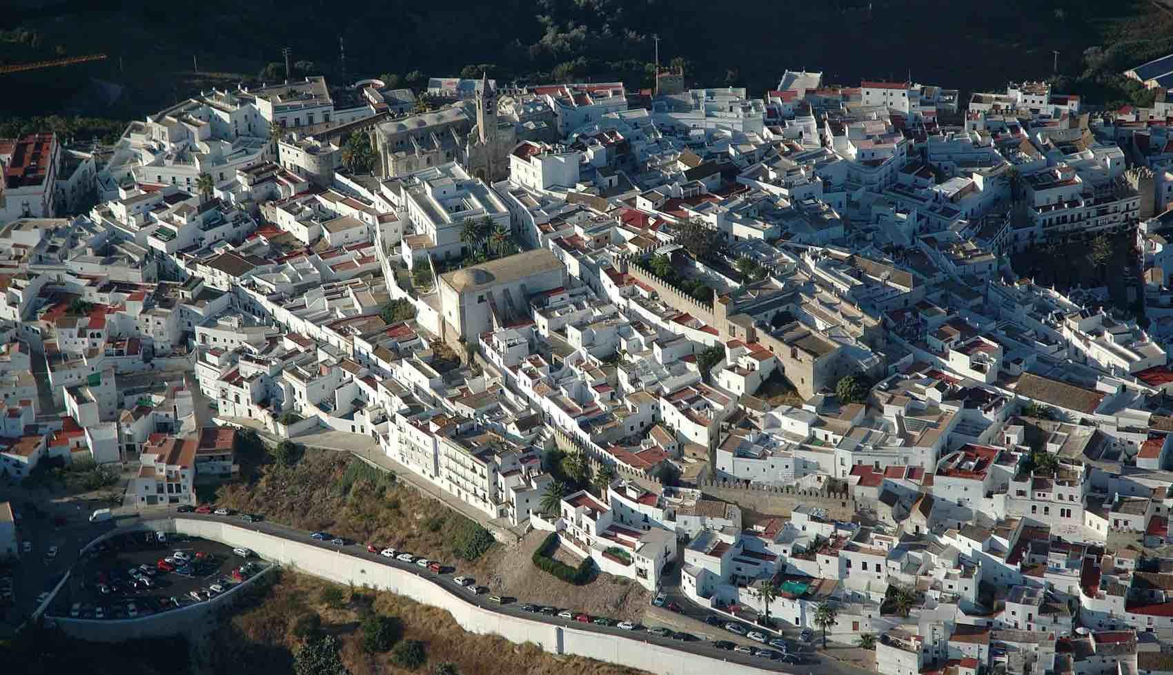 White City: Bird-eye view of Vejer de la Frontera, near Cadiz