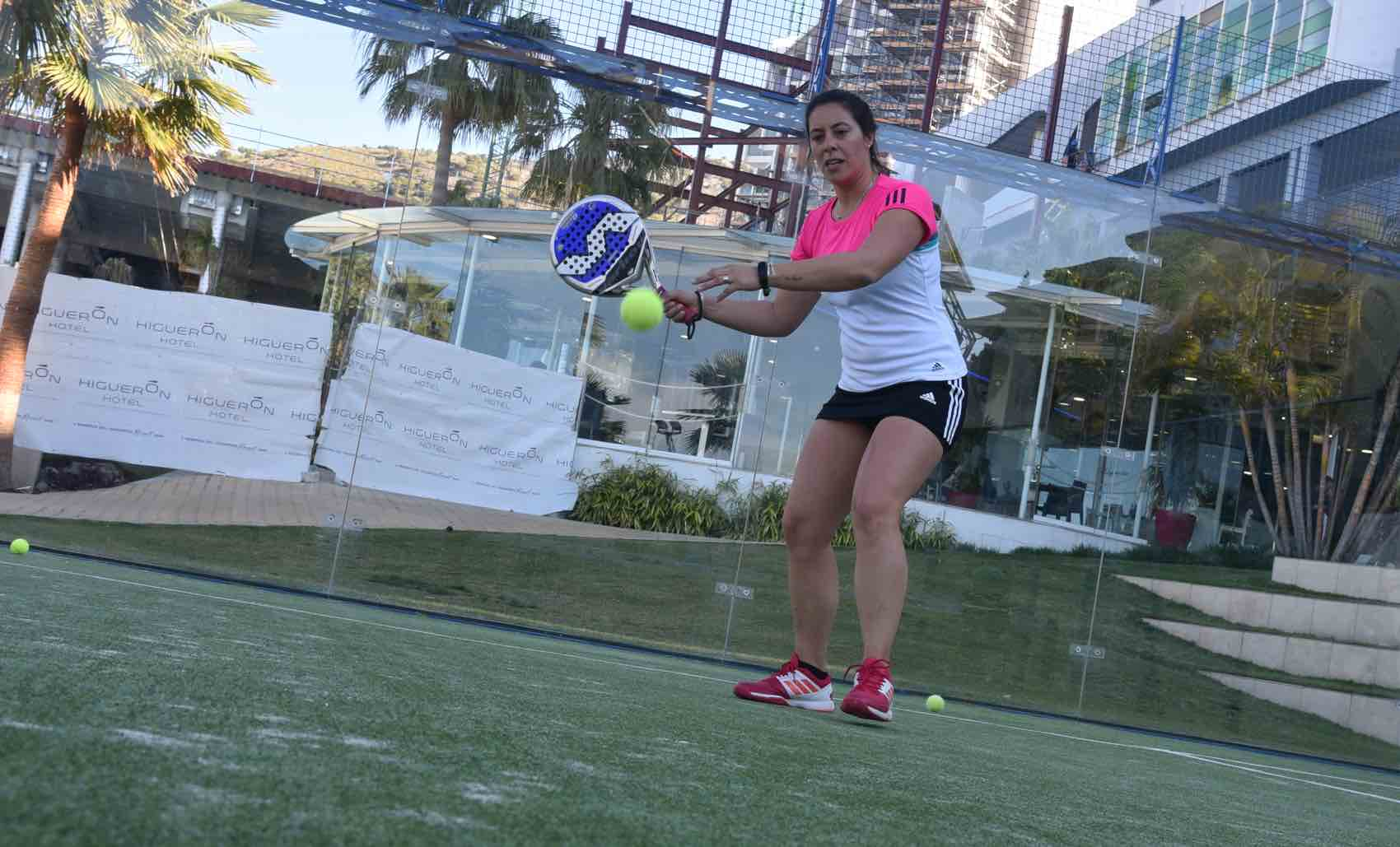 Action: Padel tennis training at Higuerón Sport Club in Badelmadena