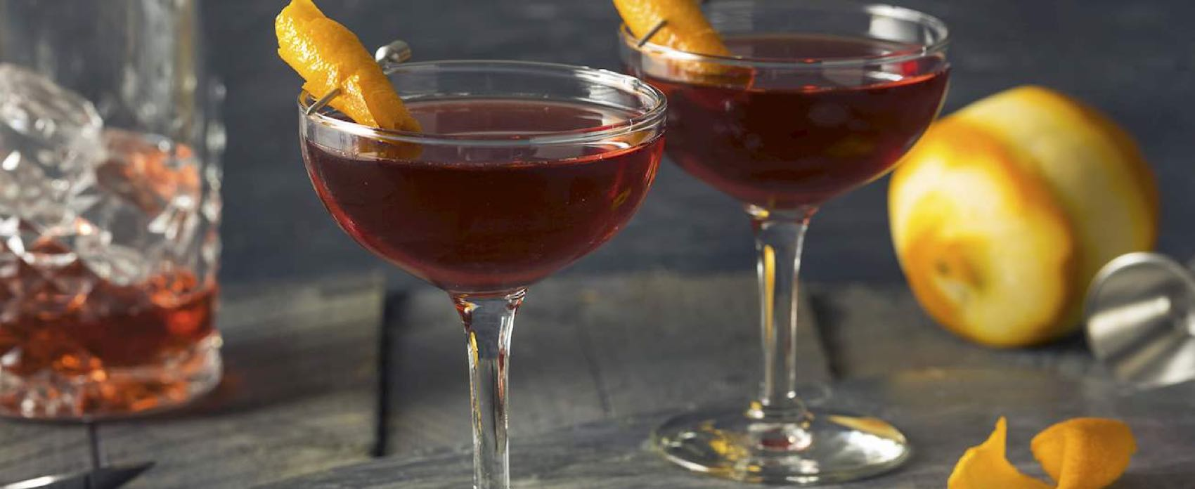 "The cocktail is described as ""Negroni´s long-lost autumnal cousin""."