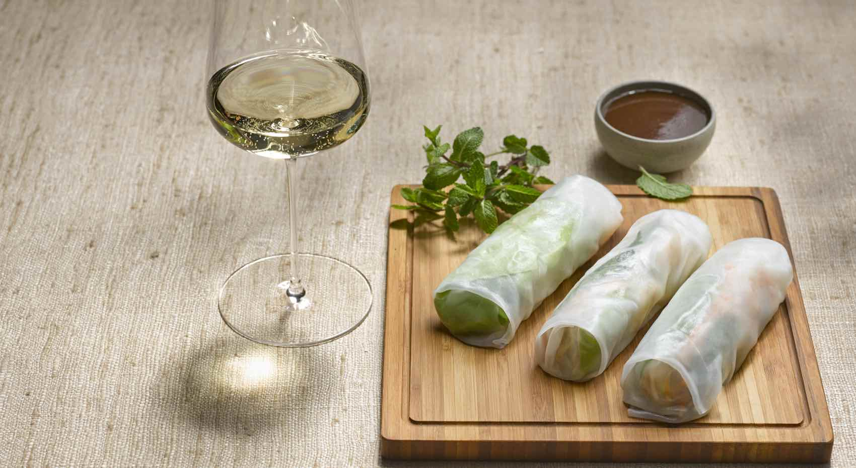 Asian food such as Springroll match white wine from Austria