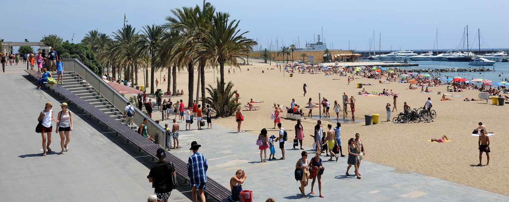 Every day is a beach day - on Malagueta in Barcelona