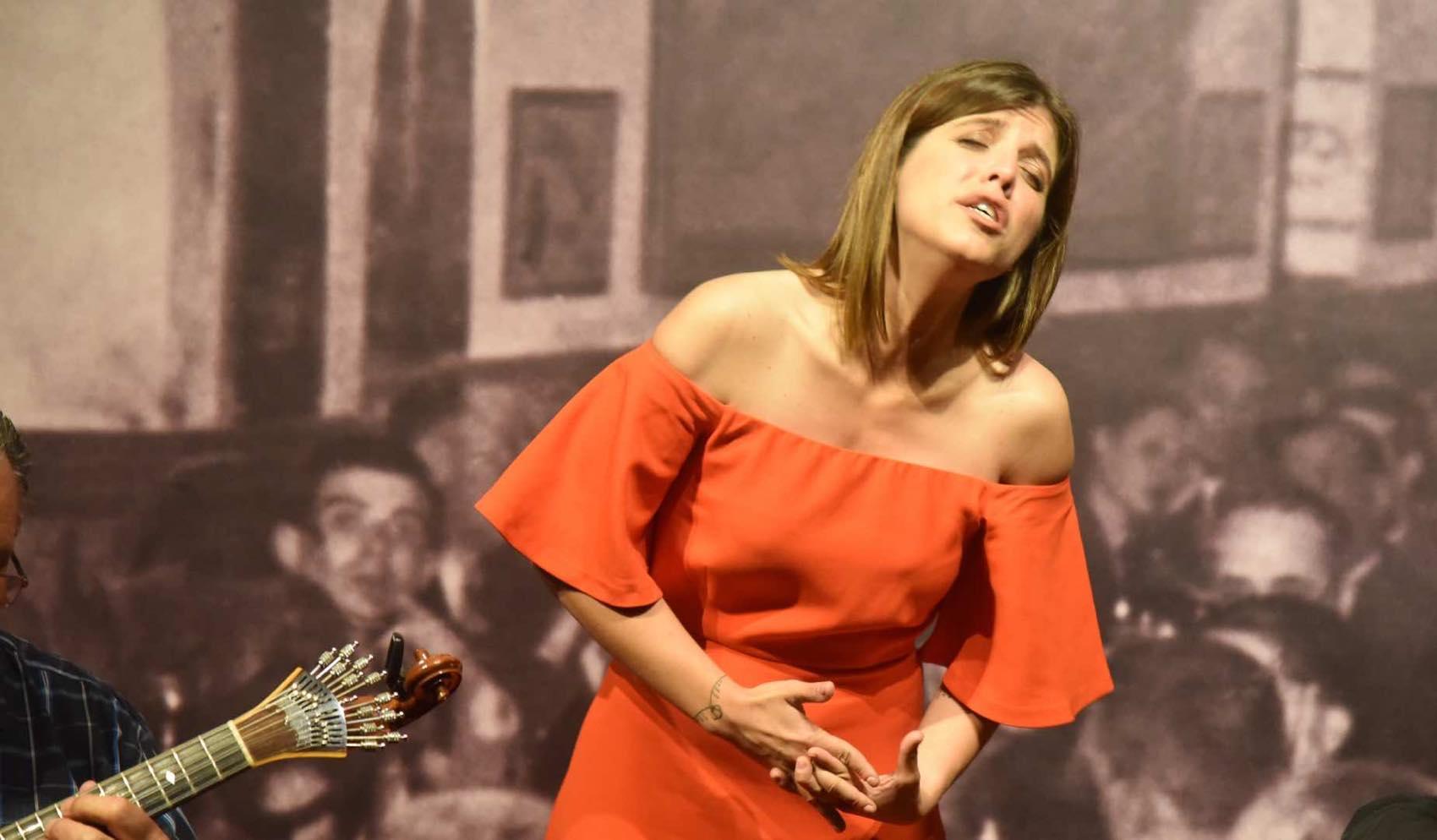 The Voice: Soulful singer Sara Goncalves performing Fado in Tavira
